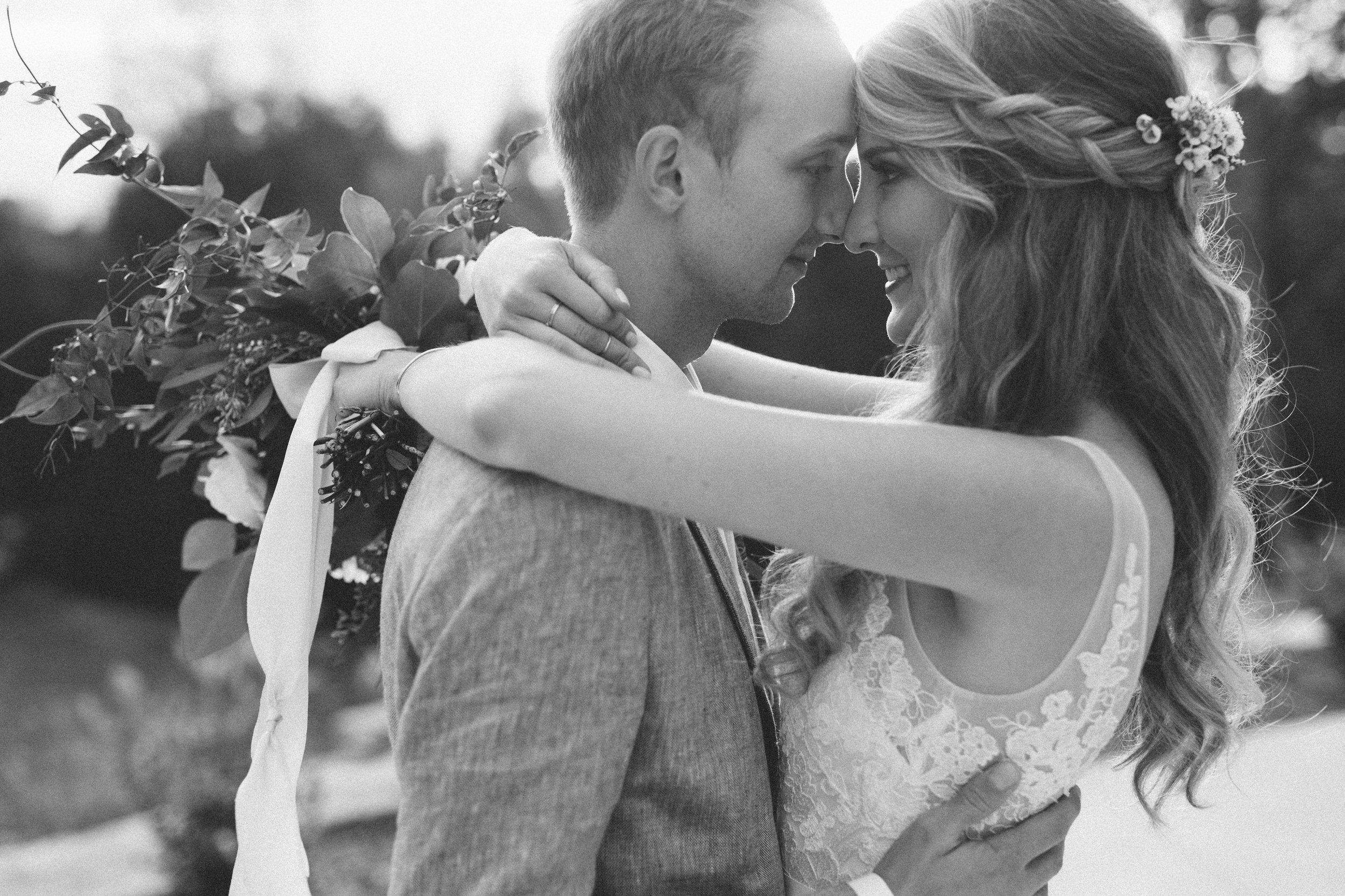 Mikaela Hamilton- Ben & Emily- couple-31.jpg