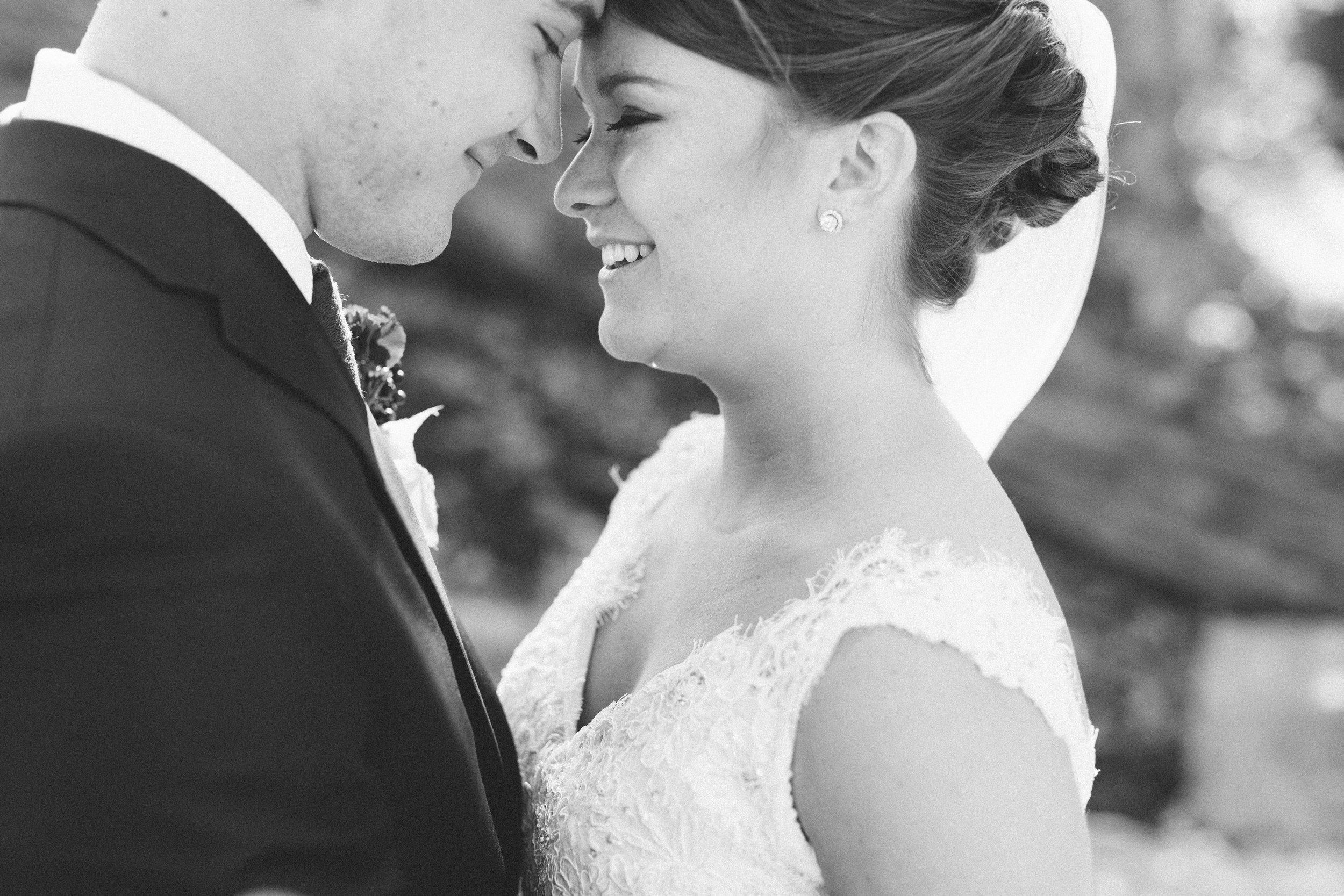 Mikaela Hamilton-Hannah & Joe- couple-16.jpg