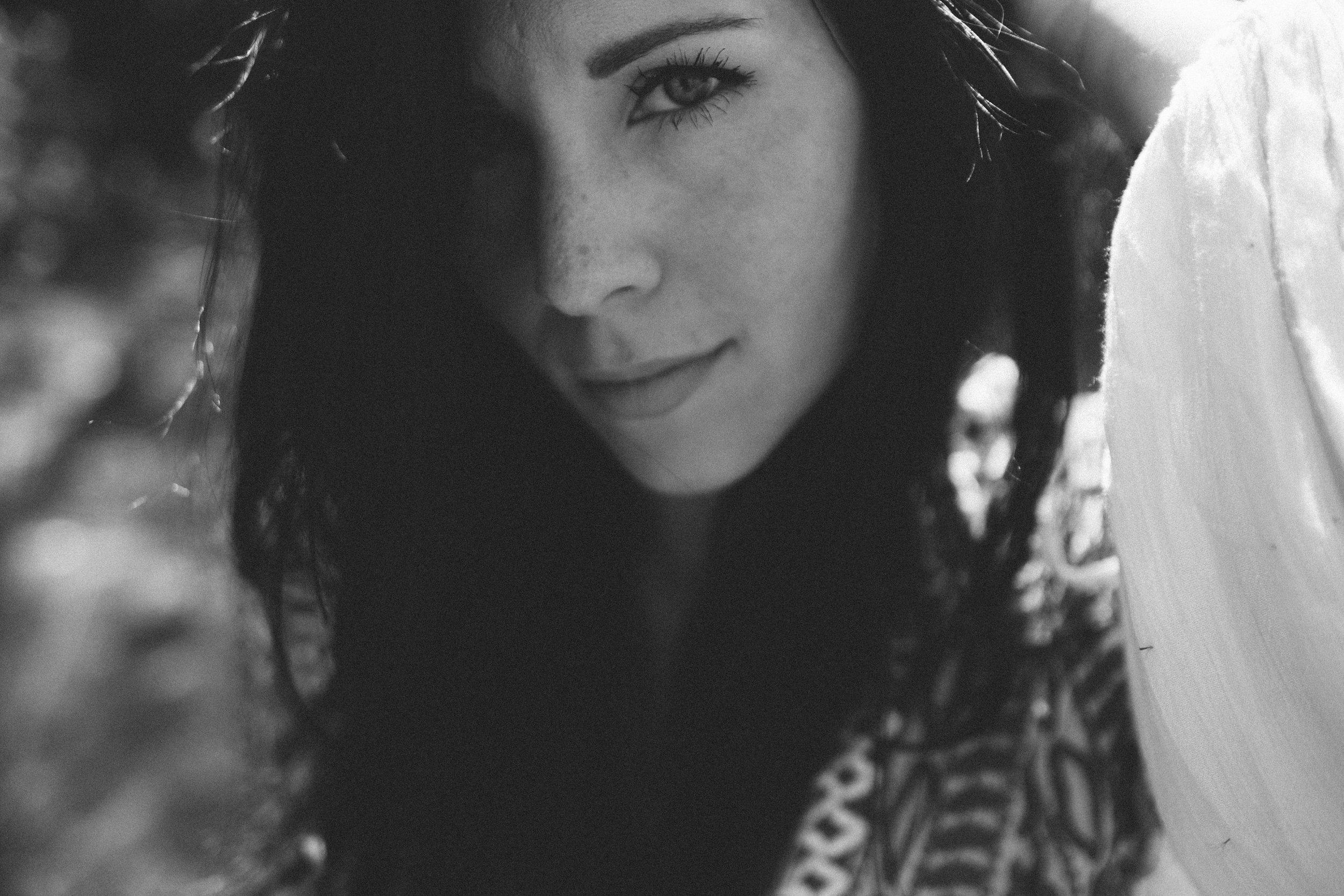 Mikaela Hamilton- Jetty Rae portraits-86.jpg