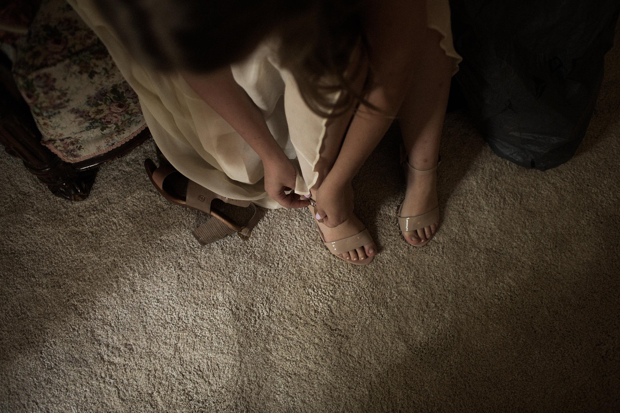 Mikaela Hamilton- Amy & Cody-getting ready-49.jpg