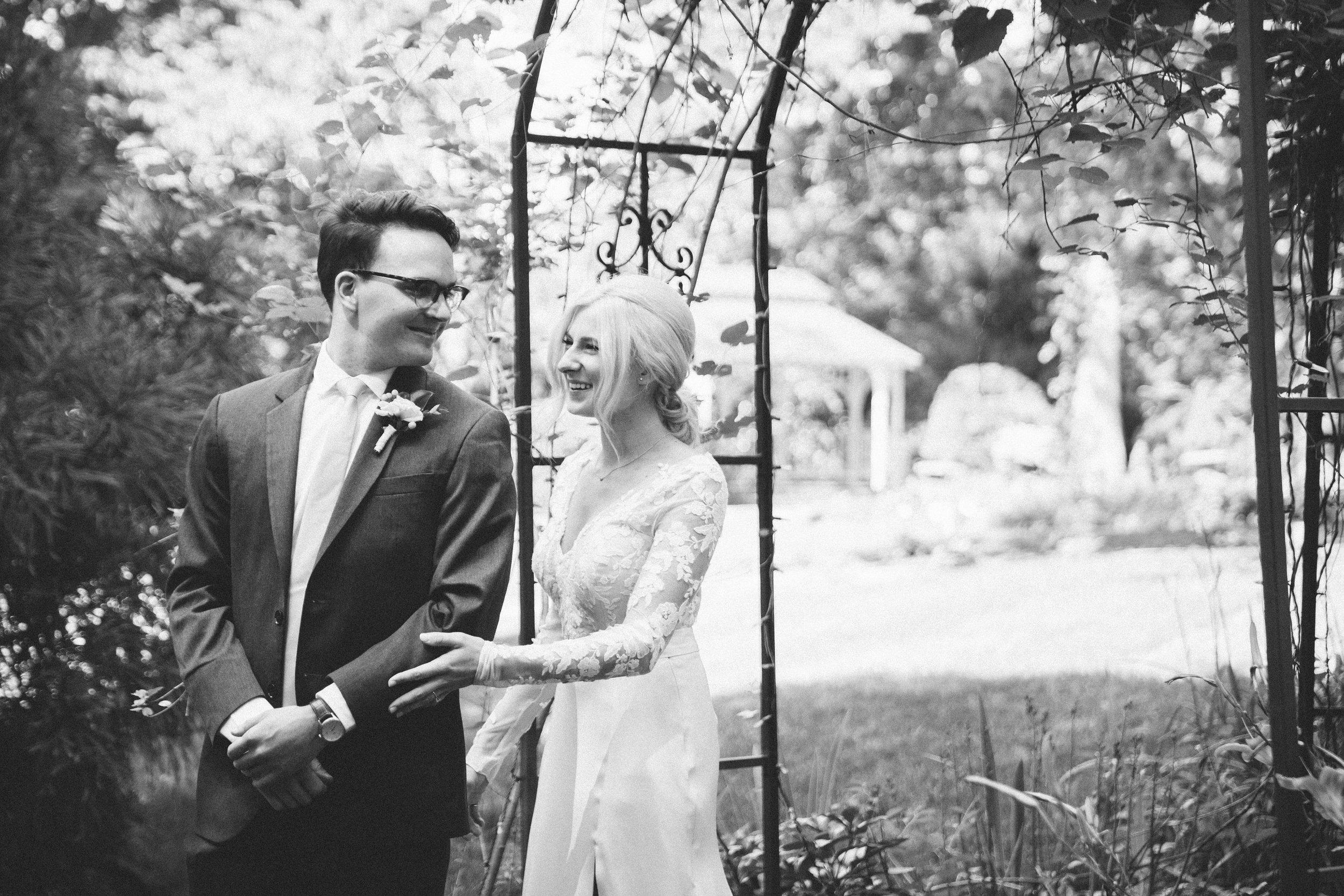 Mikaela Hamilton- Amy & Cody-first look-12.jpg