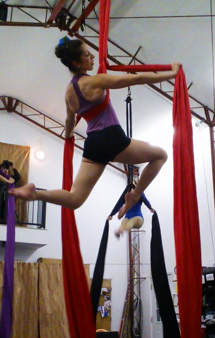 aerial silks acrobatics circus arts los angeles