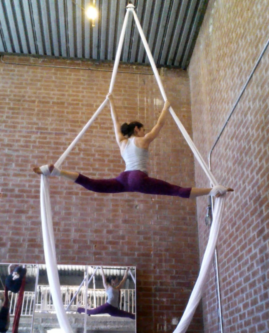 aerial silks split circus los angeles