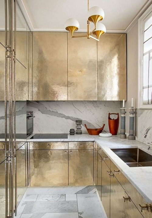 gilded surfaces mixed with marble