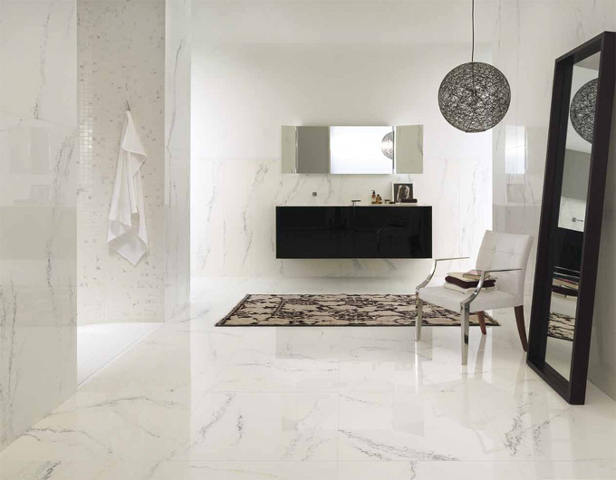 Porcelain tiles pretending to be marble - image source houzz.com