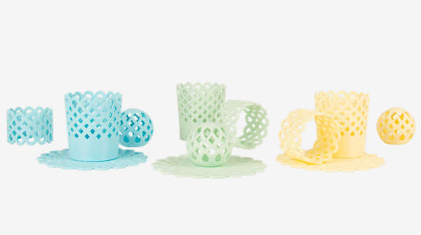 Martha Stewart has teamed up with Makerbot to launch a collection of 3D-printed homewares. Image Source - www.designtaxi.com