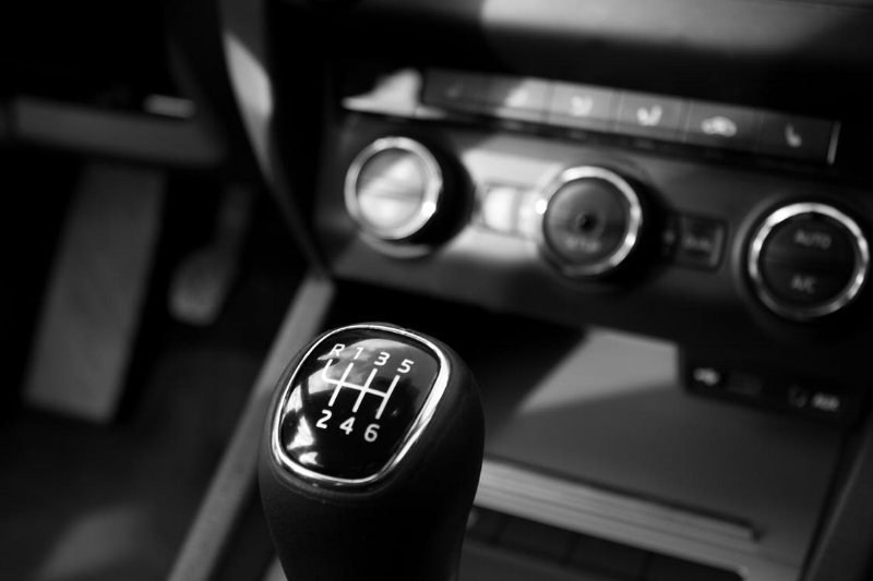 We all know that new car smell. Image Source - Pexels.com