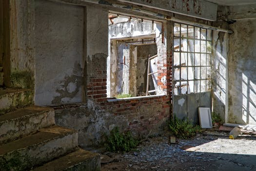 This is derelict. Even then, there's still potential for it to rise from the flames like a phoenix. Image source - pexels.com