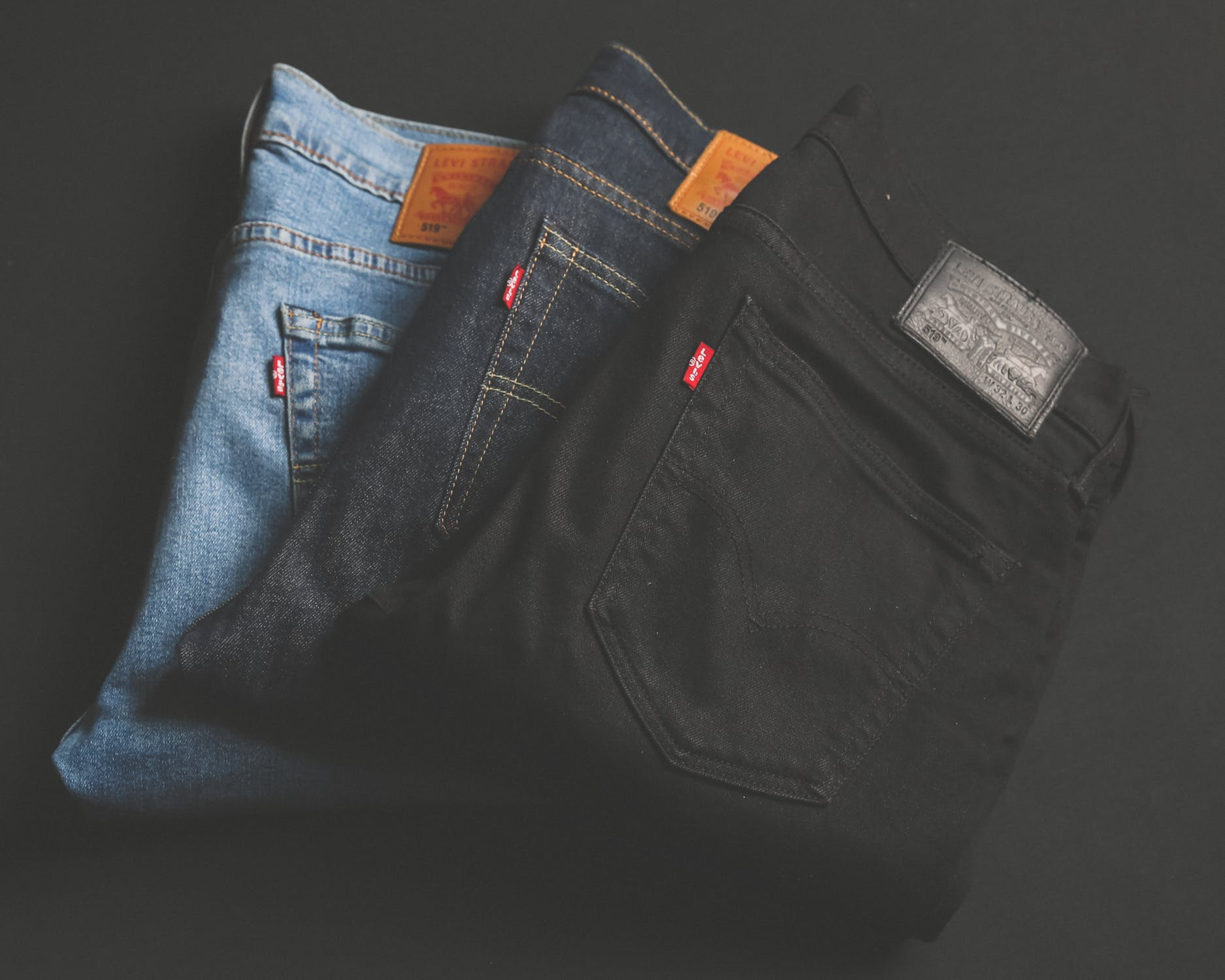 """""""Come look at my jeans."""" Neatly folded, but not into thirds. Tut Tut. Back to folding school for you. Image Source - Pexels.com"""