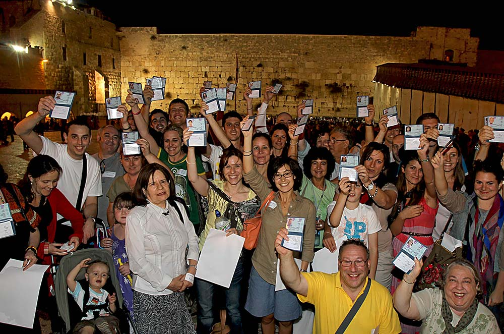 Celebrating-Arrival-in-Israel.jpg