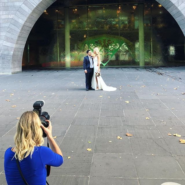 Behind the scenes shooting this beautiful couple yesterday ❤️ #wedding #photographer #27weekspregnant #onthejob