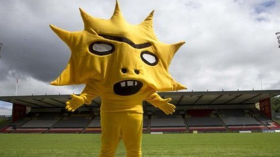 Partick Thistle's mascot Kingsley
