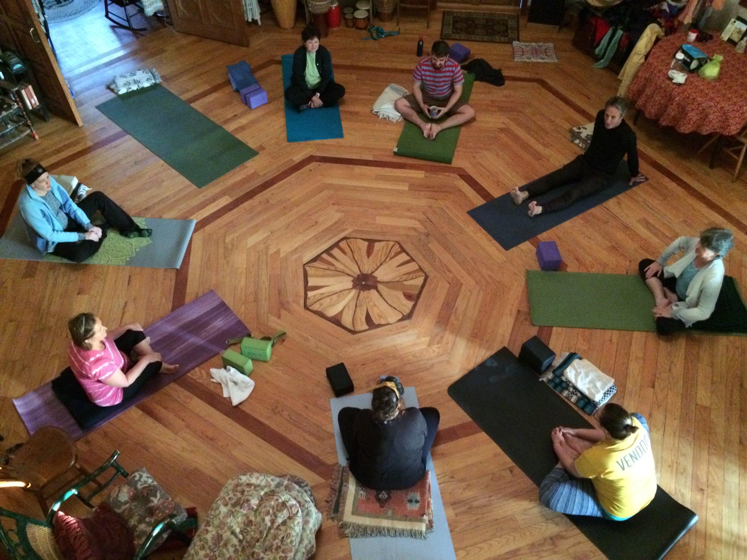 boston-one-on-one-yoga-teacher-lindsay-metz