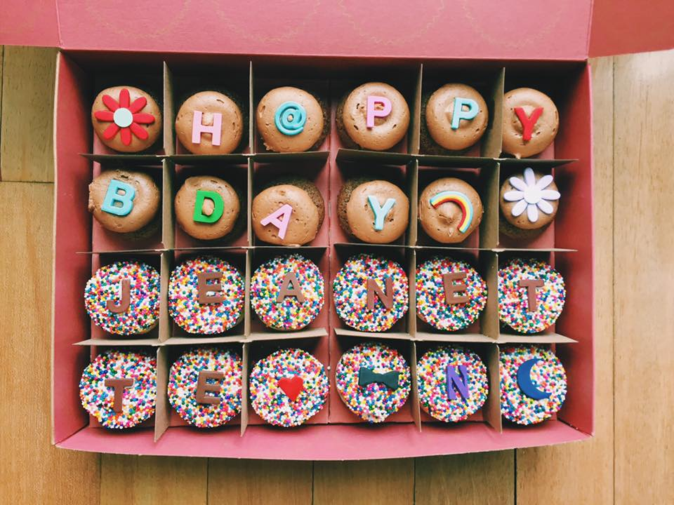 Jeanette_Bday_Cupcaks.jpg