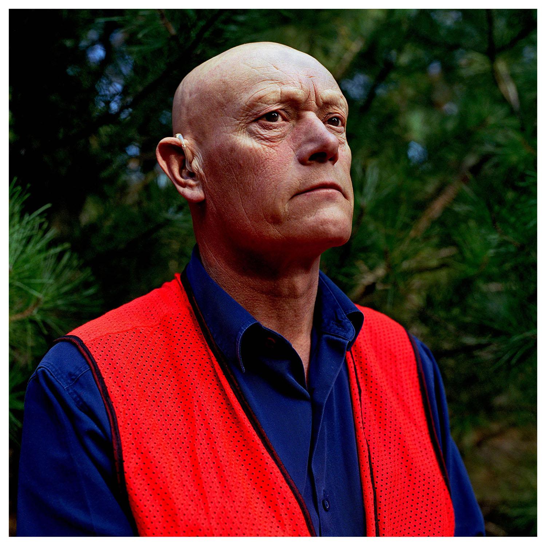 Steve Thomas. Captain's Flat, NSW.     Head On Portrait Prize, 2005