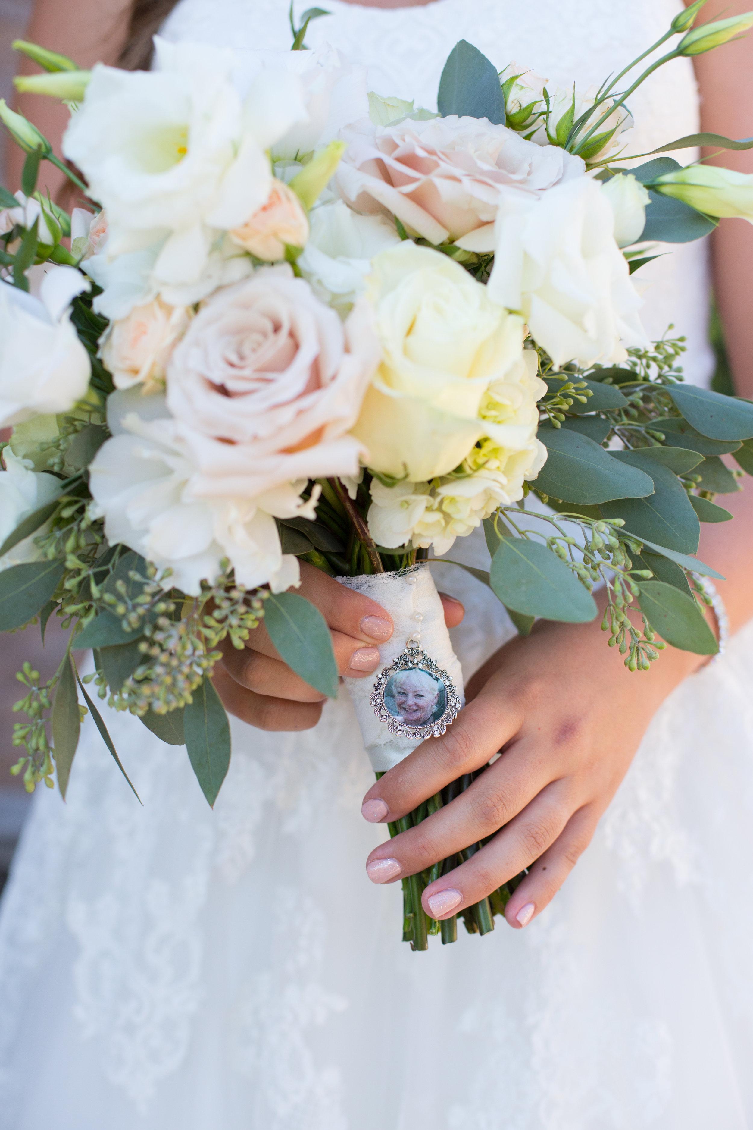 M&M_Wedding_FirstLooks_116.jpg