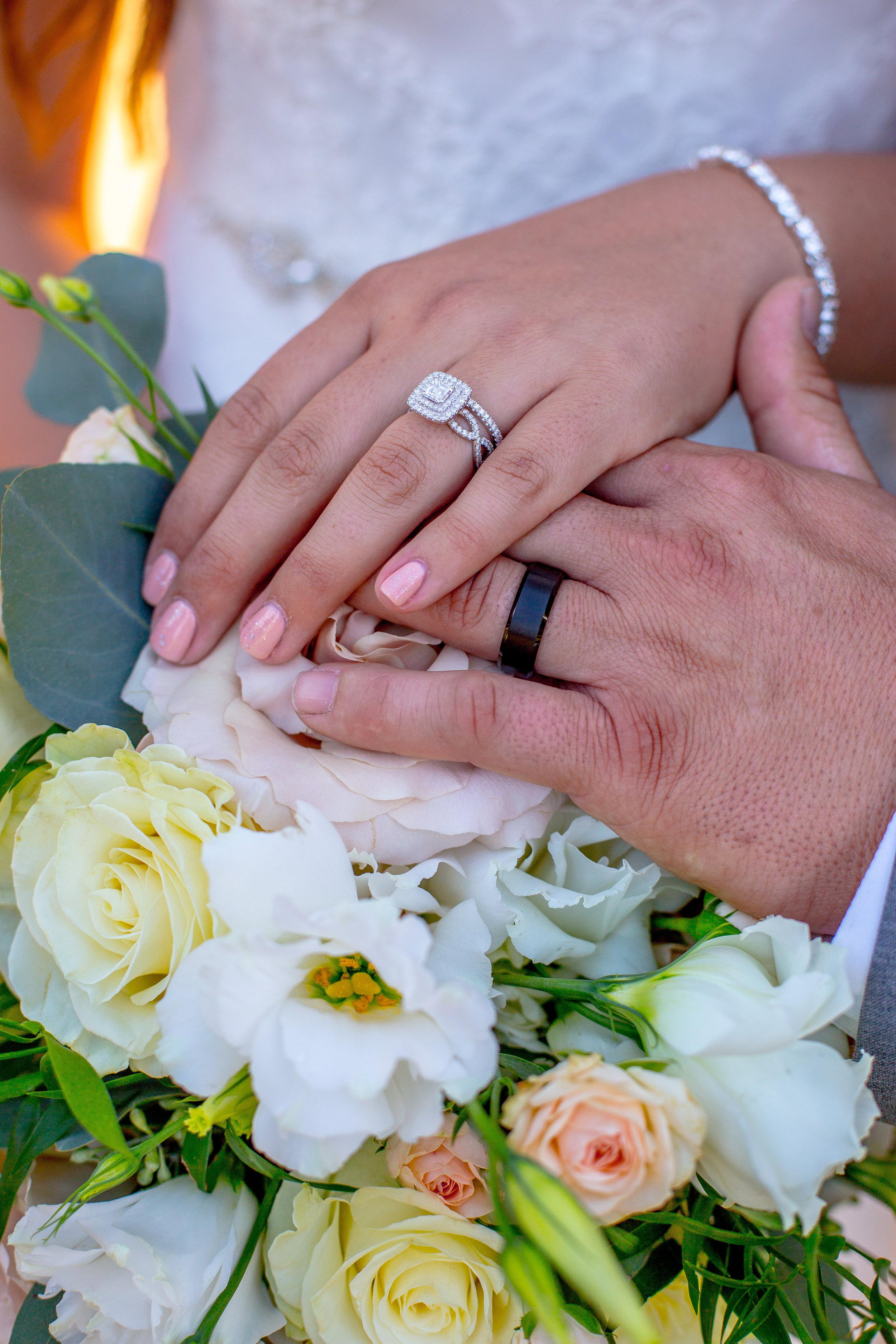 M&M_Wedding_FirstLooks_537.jpg