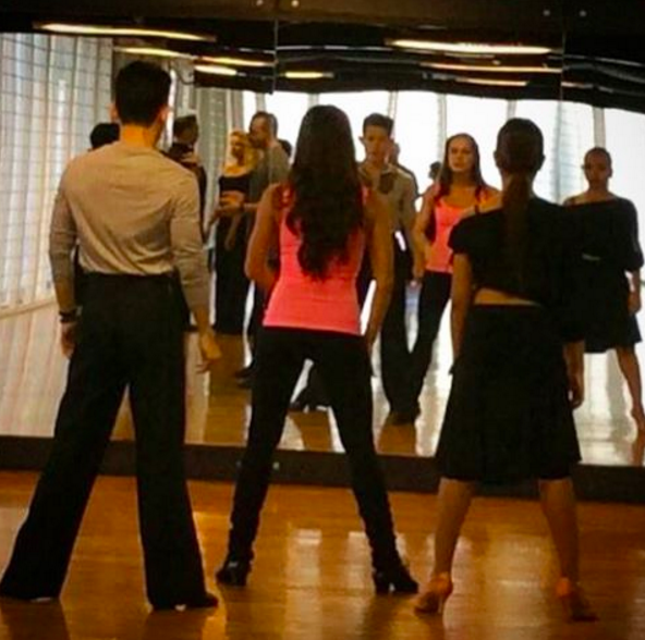 Lessons with dance teachers to help polish your technique. Enjoyed this lesson with internationally acclaimed dancer  Andra Vaidelaite .