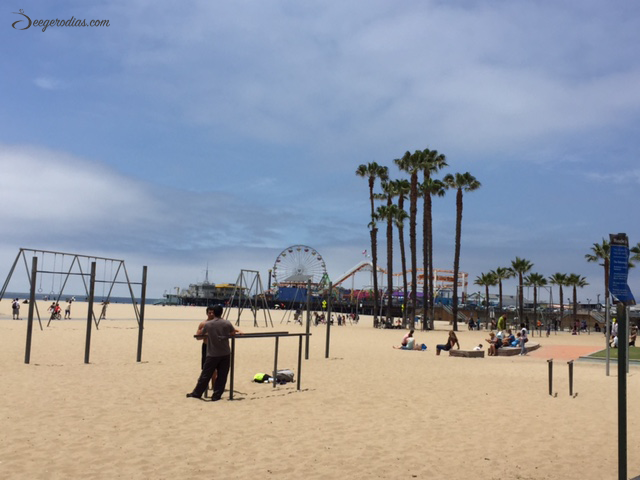 LOS ANGELES: Walked the whole stretch of beach from Santa Monica Pier to Venice Beach.
