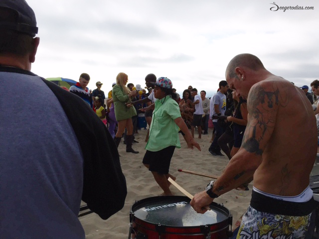 And happened to walk through the drum circle at Venice Beach! Loved how people freely danced to the beat of the drum.