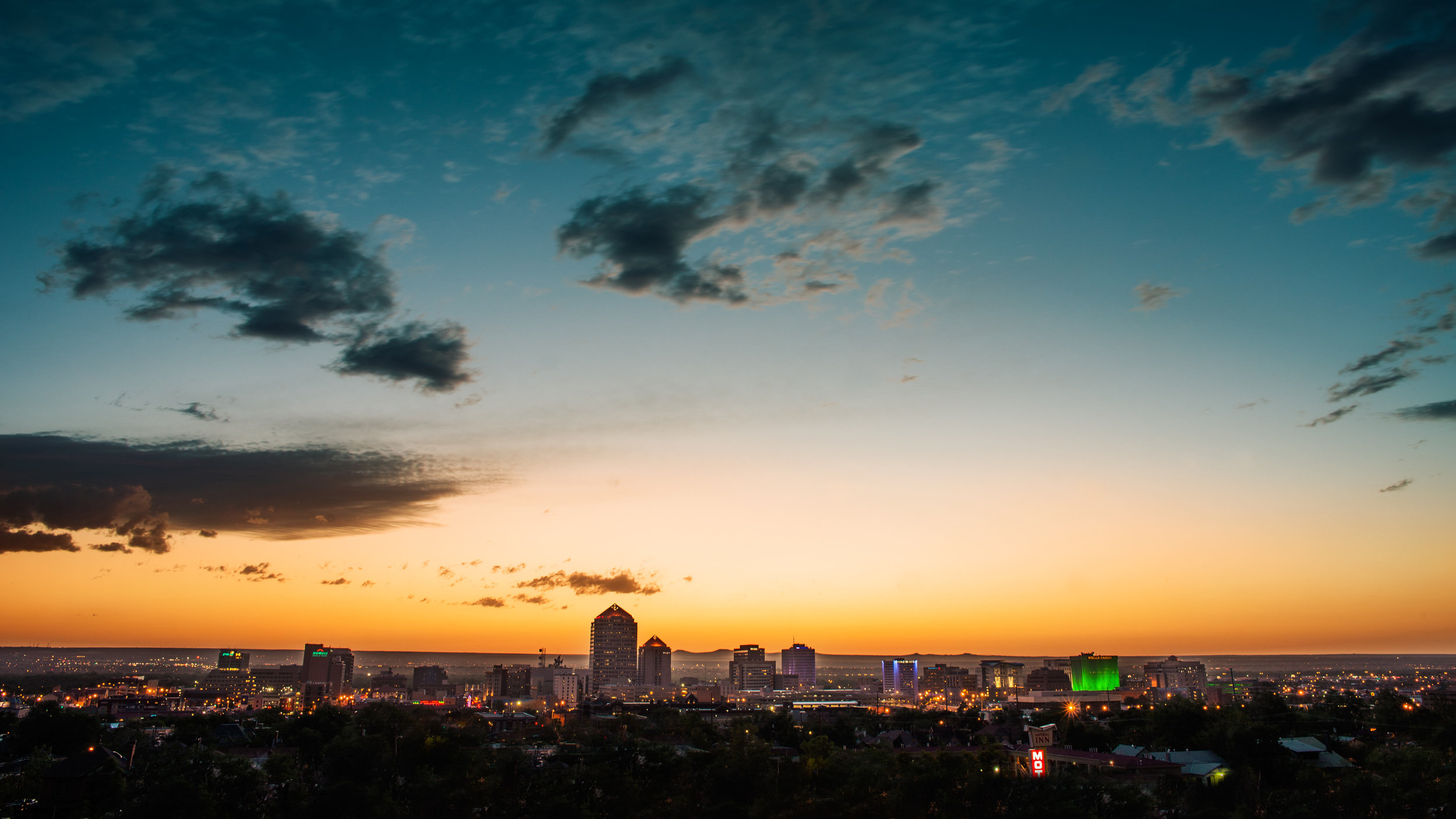 Super Wide Skyline.jpg