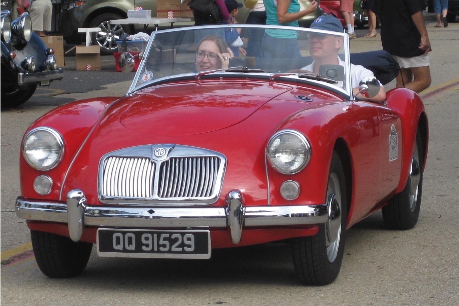 The MG A-Team - Russ Sharples / Pam Sharples1960 MG MGA 1600