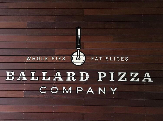 Visit us in #SouthLakeUnion and take care of your #pizza craving #slu #lakeunionseattle #amazon