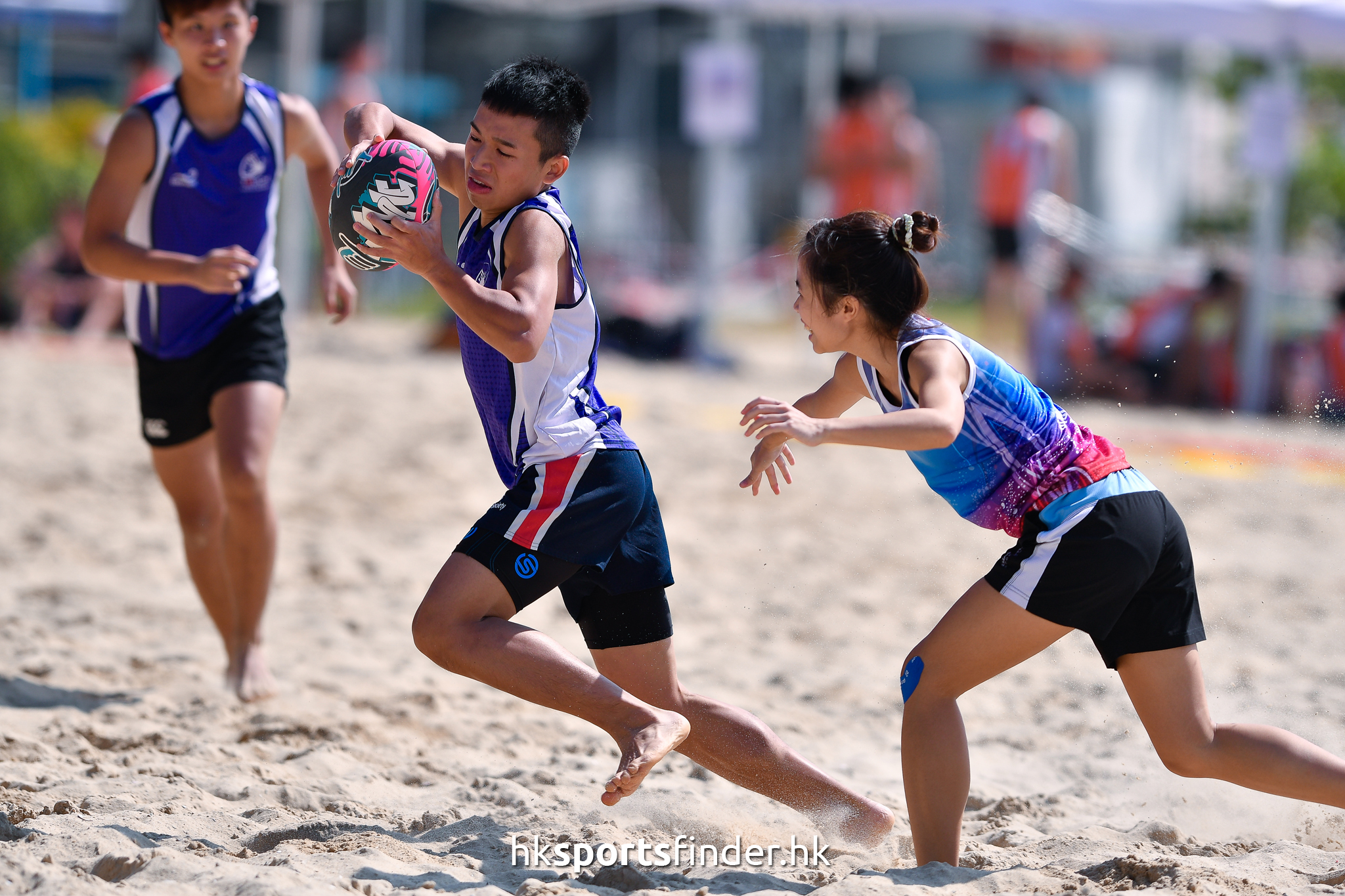 Her_GoldCoastTertiaryBeachRugby_16-11-12 11.48.31_000570.jpg