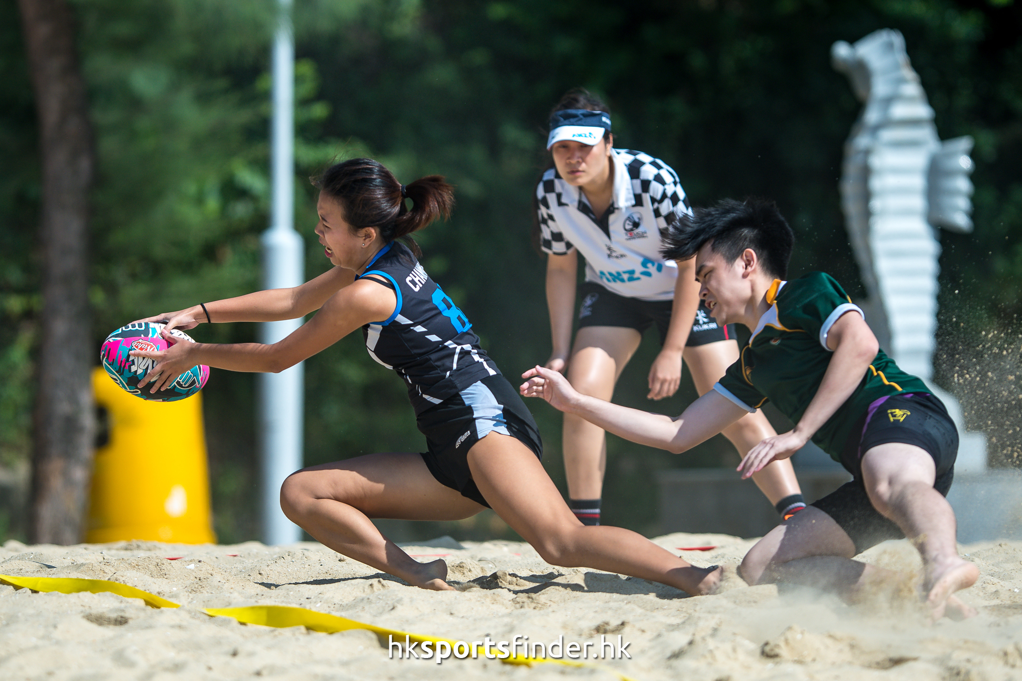 Her_GoldCoastTertiaryBeachRugby_16-11-12 13.01.06_000853.jpg