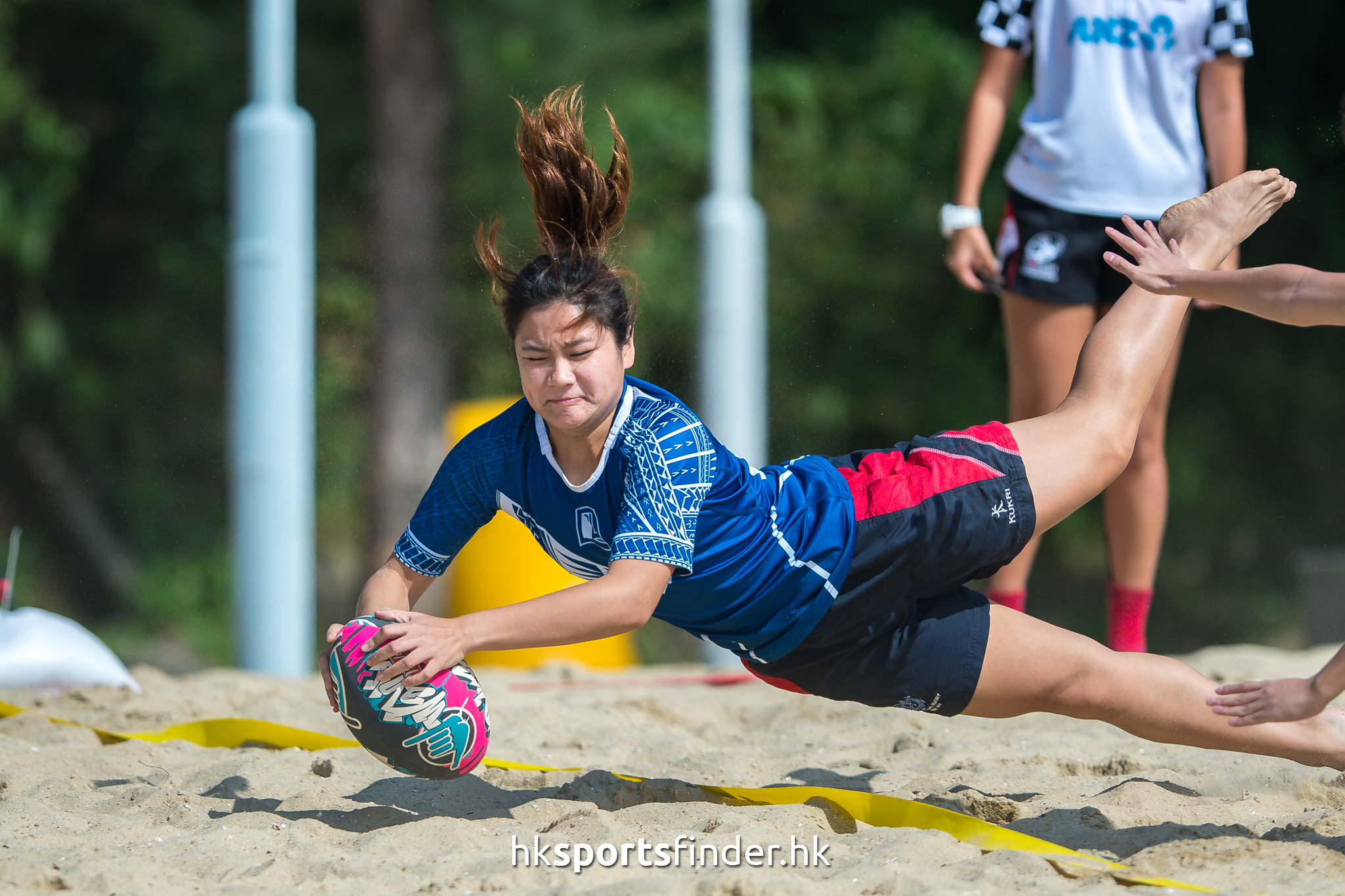 Her_GoldCoastTertiaryBeachRugby_16-11-12 13.20.14_000964.jpg