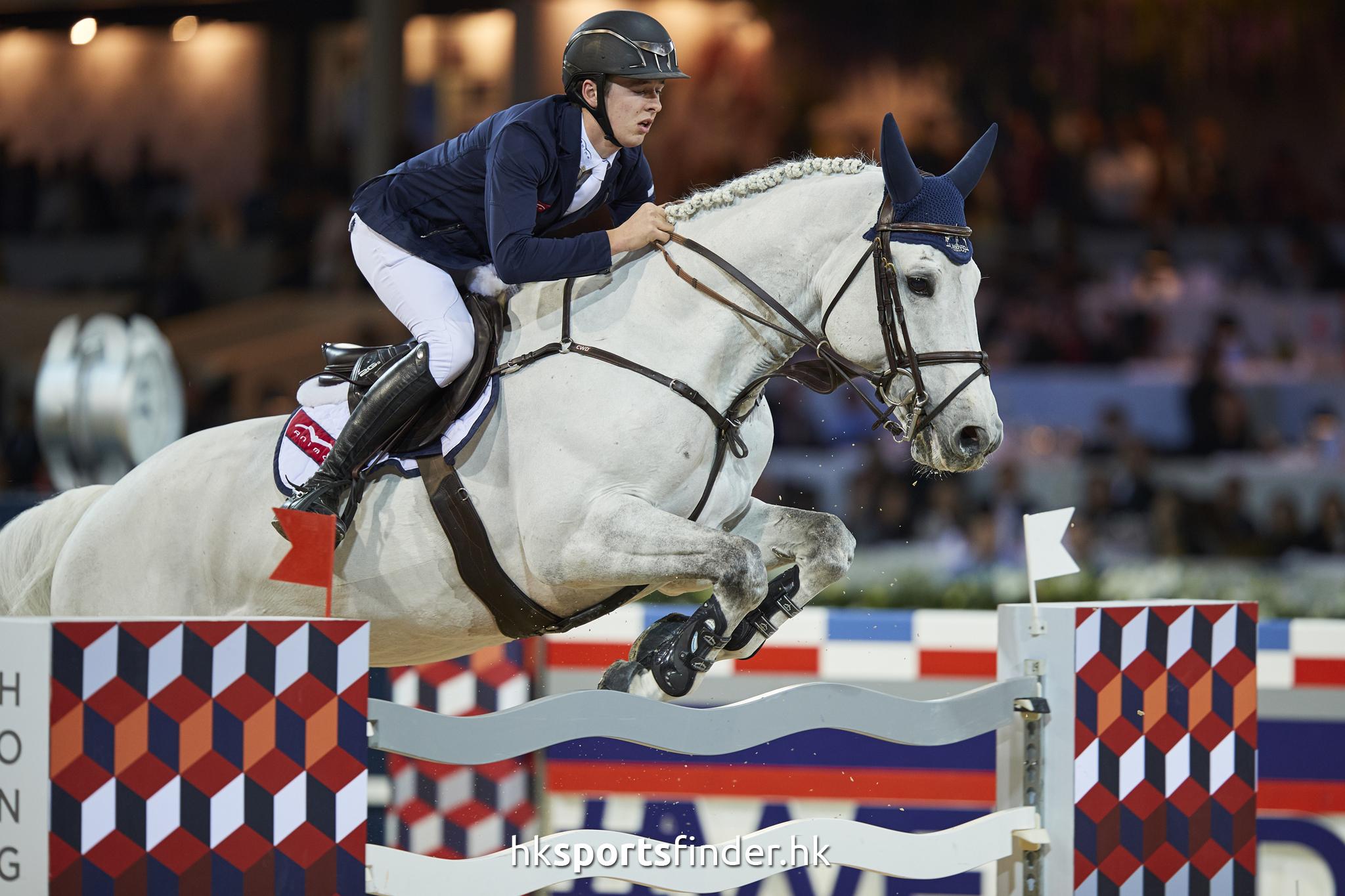 LUK_HORSE_17-02-12-15-44-33_0793.jpg