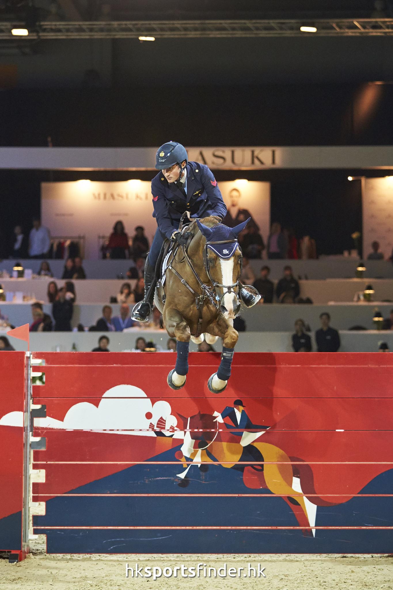 LUK_HORSE_17-02-12-16-04-48_0894.jpg