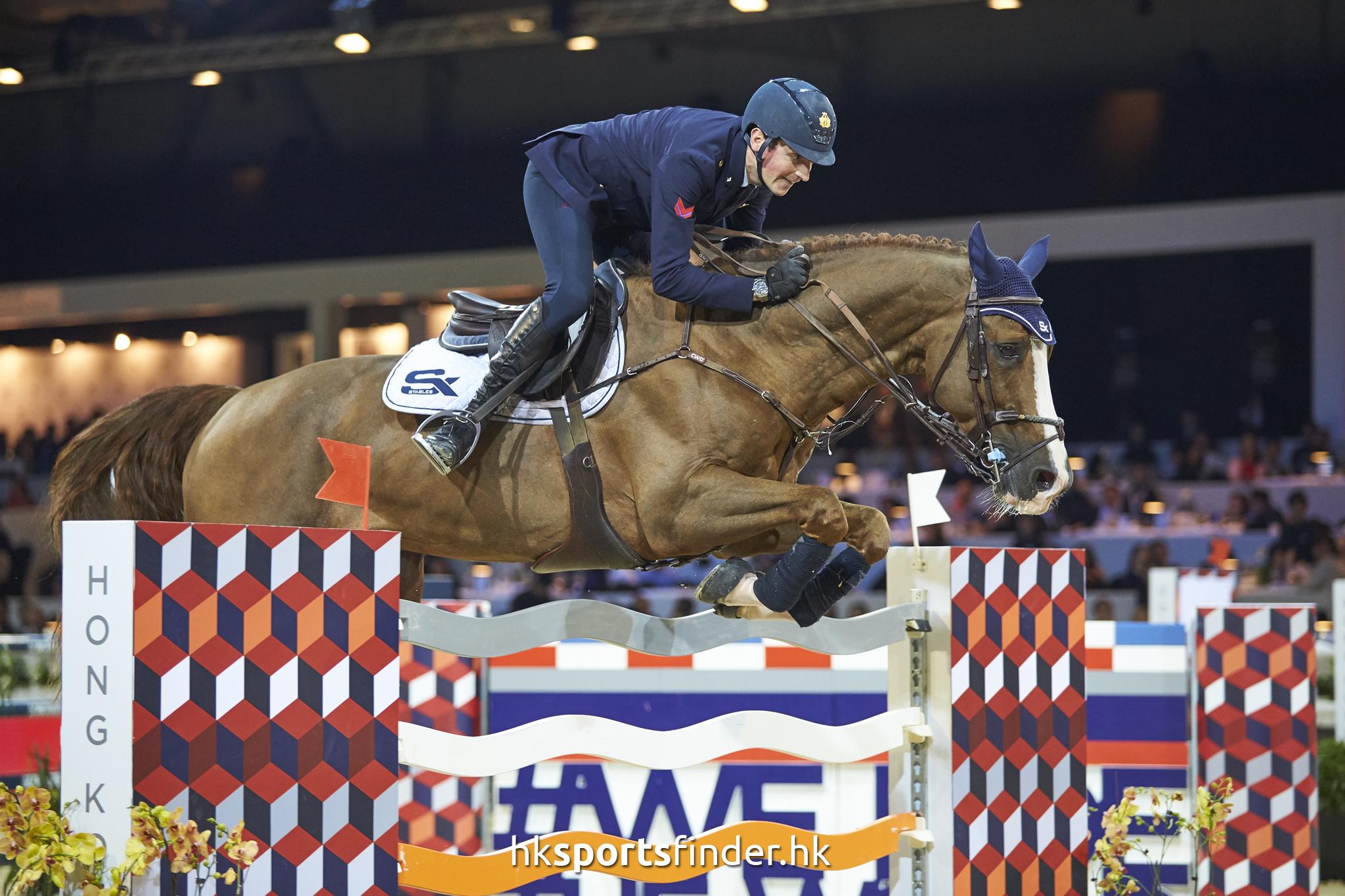 LUK_HORSE_17-02-12-16-05-38_0906.jpg