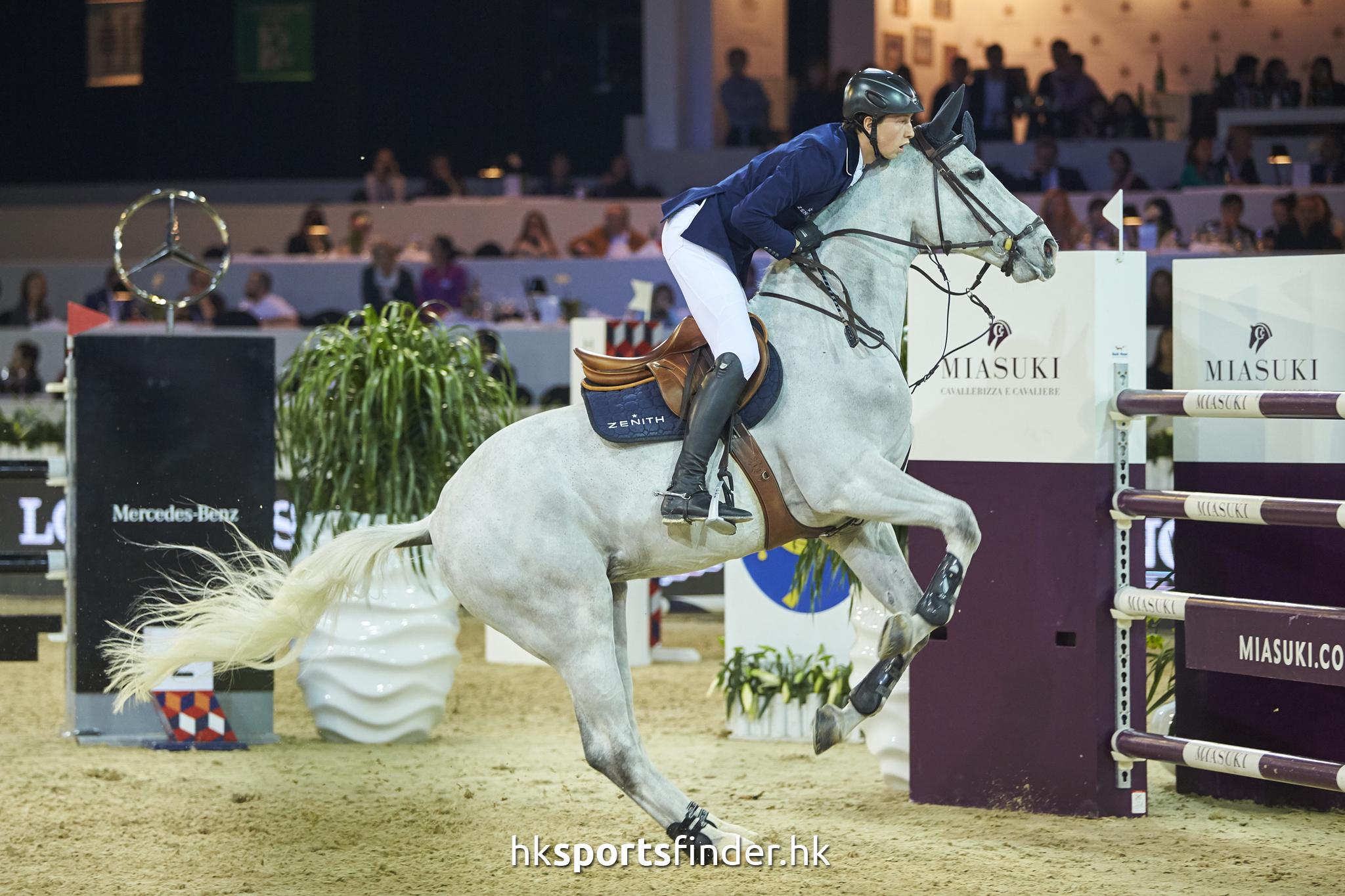 LUK_HORSE_17-02-12-16-57-08_1122.jpg