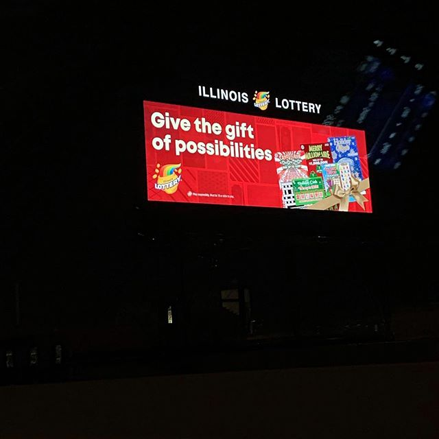 🎁Throwback to that time when my work was all over Illinois 🌟🌟🌟When I saw these on the highway is was like WHAAAAAAAAAAT!! Also, when I say 'my' work I also mean the people who worked hard to bring it to life. #notanasshole 🎁 #IllinoisLottery #OKRP #Holiday2018 #Design @okrpagency