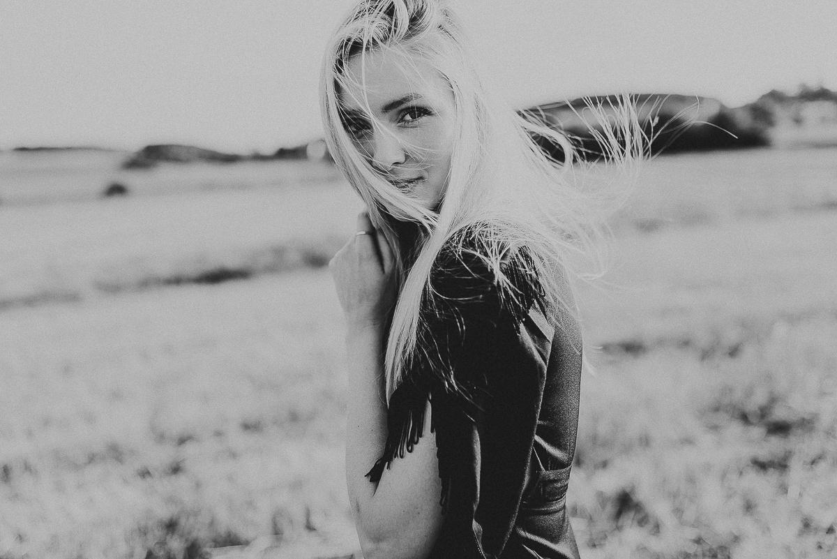 natürliche_portraitfotografie_koeln_hamburg_bohemian_mode_hochzeitsfotografin