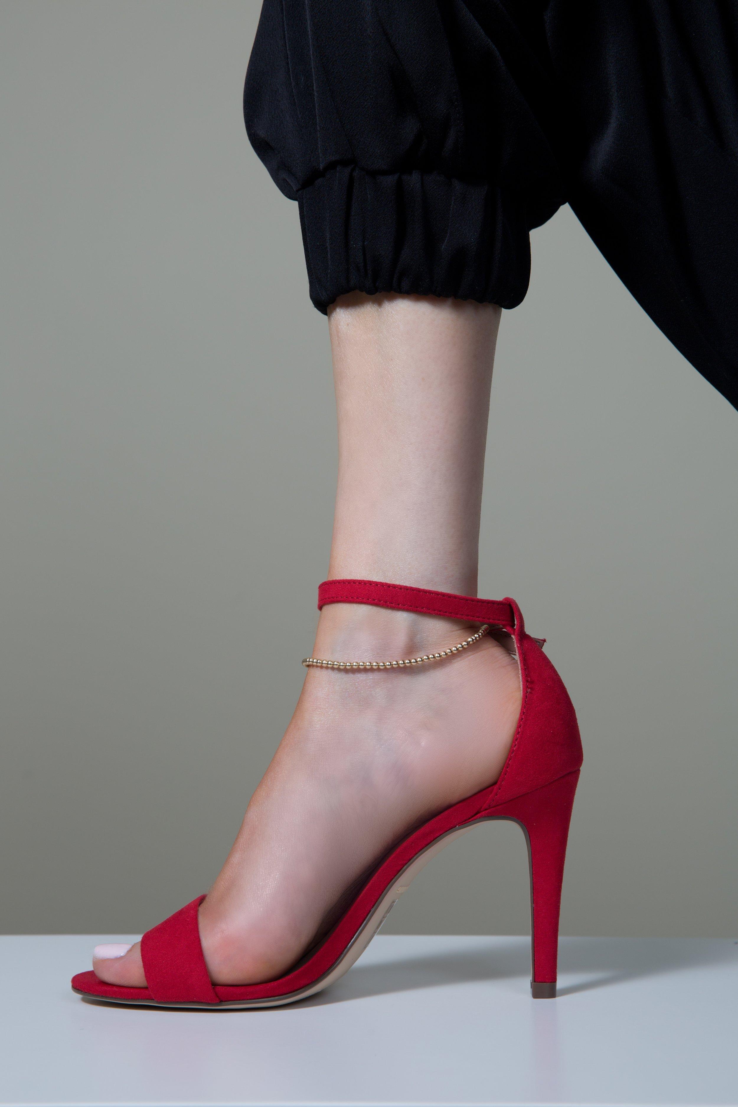 - anklets