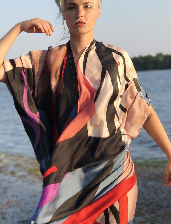 stina-persson-artpiece-kaftan-fashion-photo-mannequin-illustration.jpg