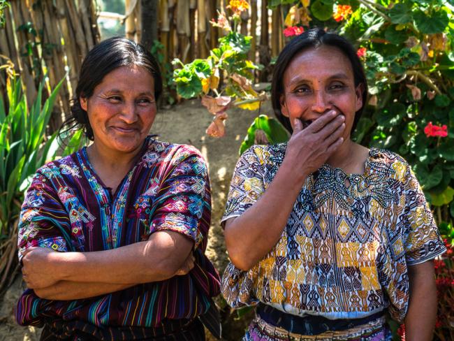 Women Supporting Women - womentum Artisans - Artisan & Fox - Womentum