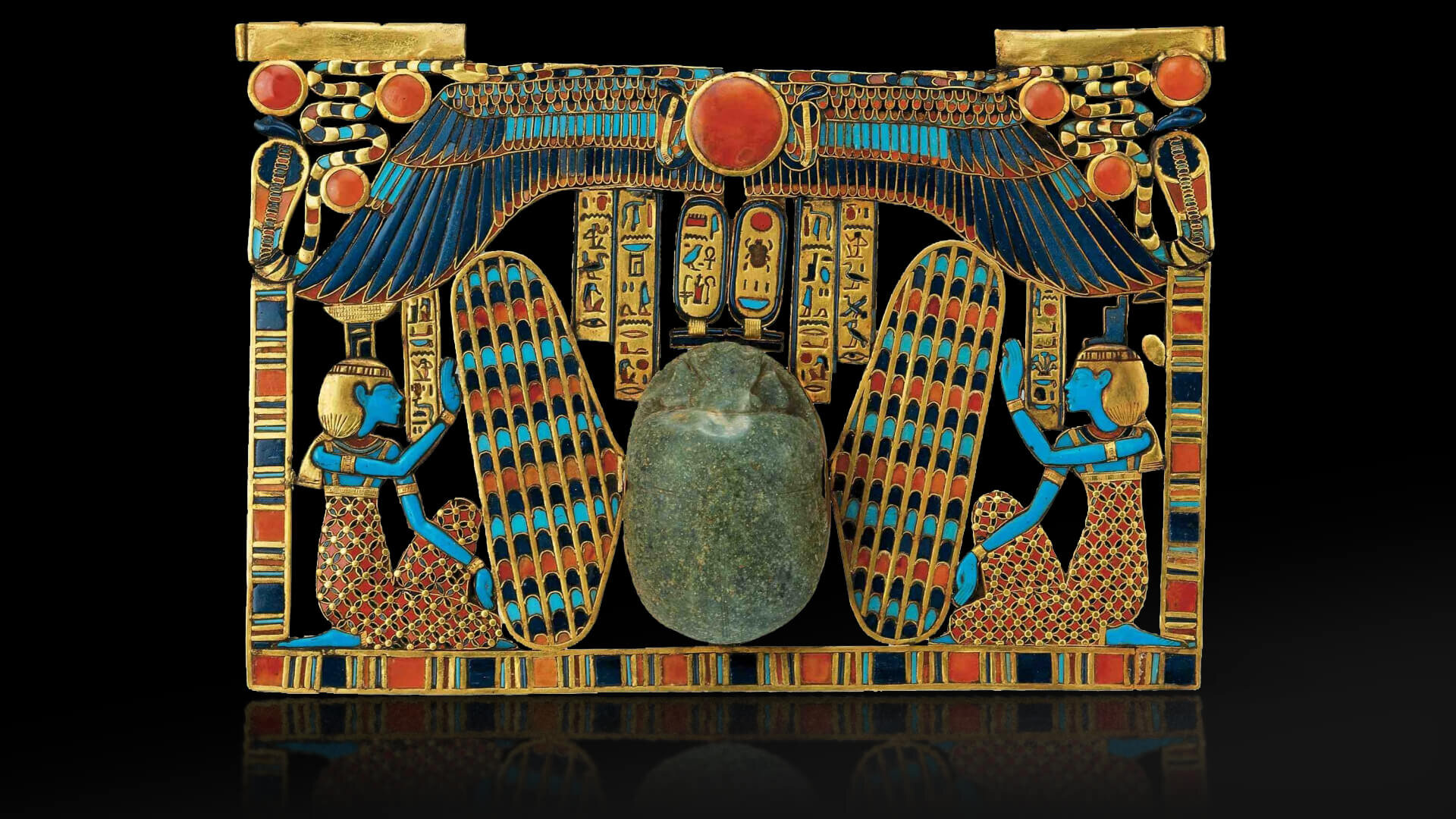 The ancient Egyptians adored  lapis lazuli,  adding it to their religious and spiritual objects. It is even rumoured that Cleopatra adorned her eyelids with ground  lapis lazuli  for her make-up. Photo: Farlang.