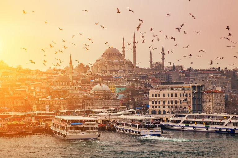 The famous sunsets of Istanbul.