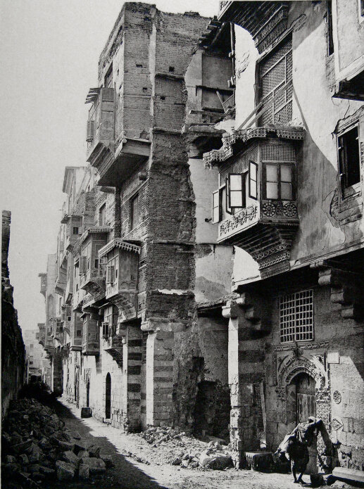 Jali's on the ancient streets of Cairo, Egypt. Photo: Topographical Photography in Cairo.