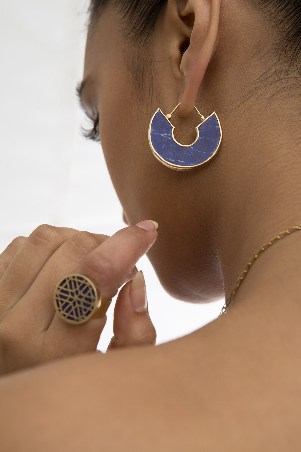 Jali Signet Ring in Lapis Lazuli  and  Jali Earrings .
