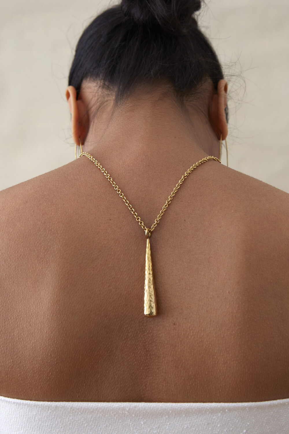 UZITO Pendant Necklace