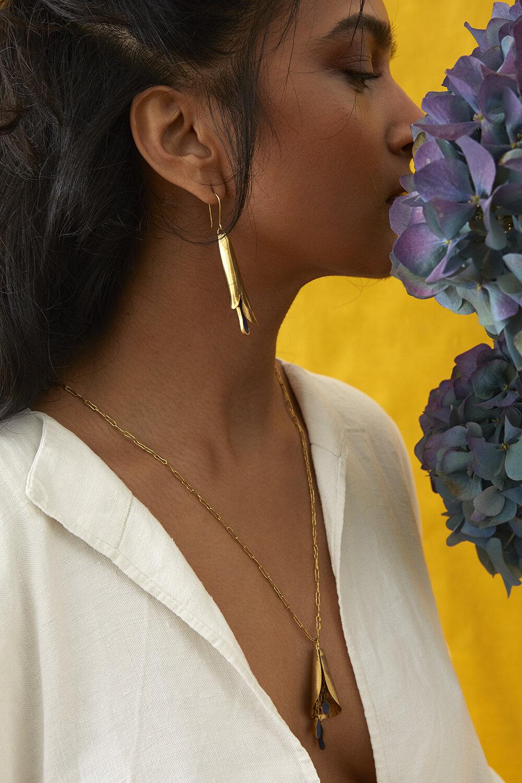 LALE Necklace in Lapis