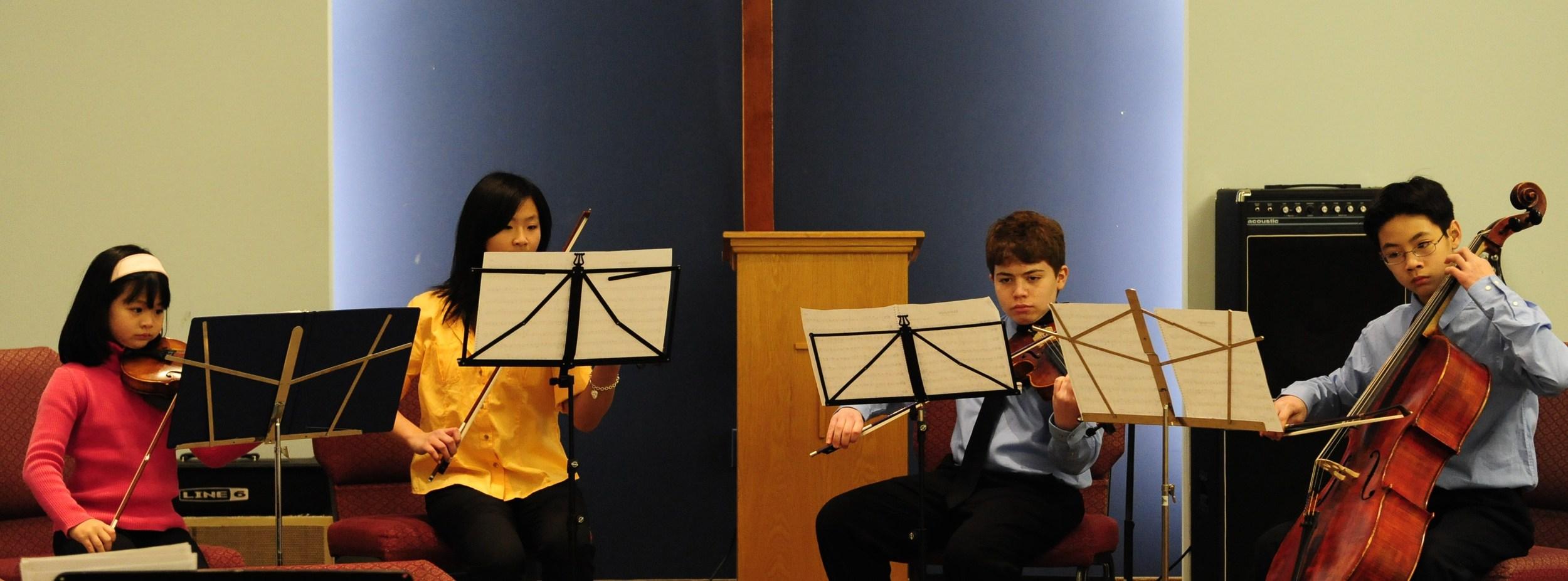 Performing Handel'sHornpipe
