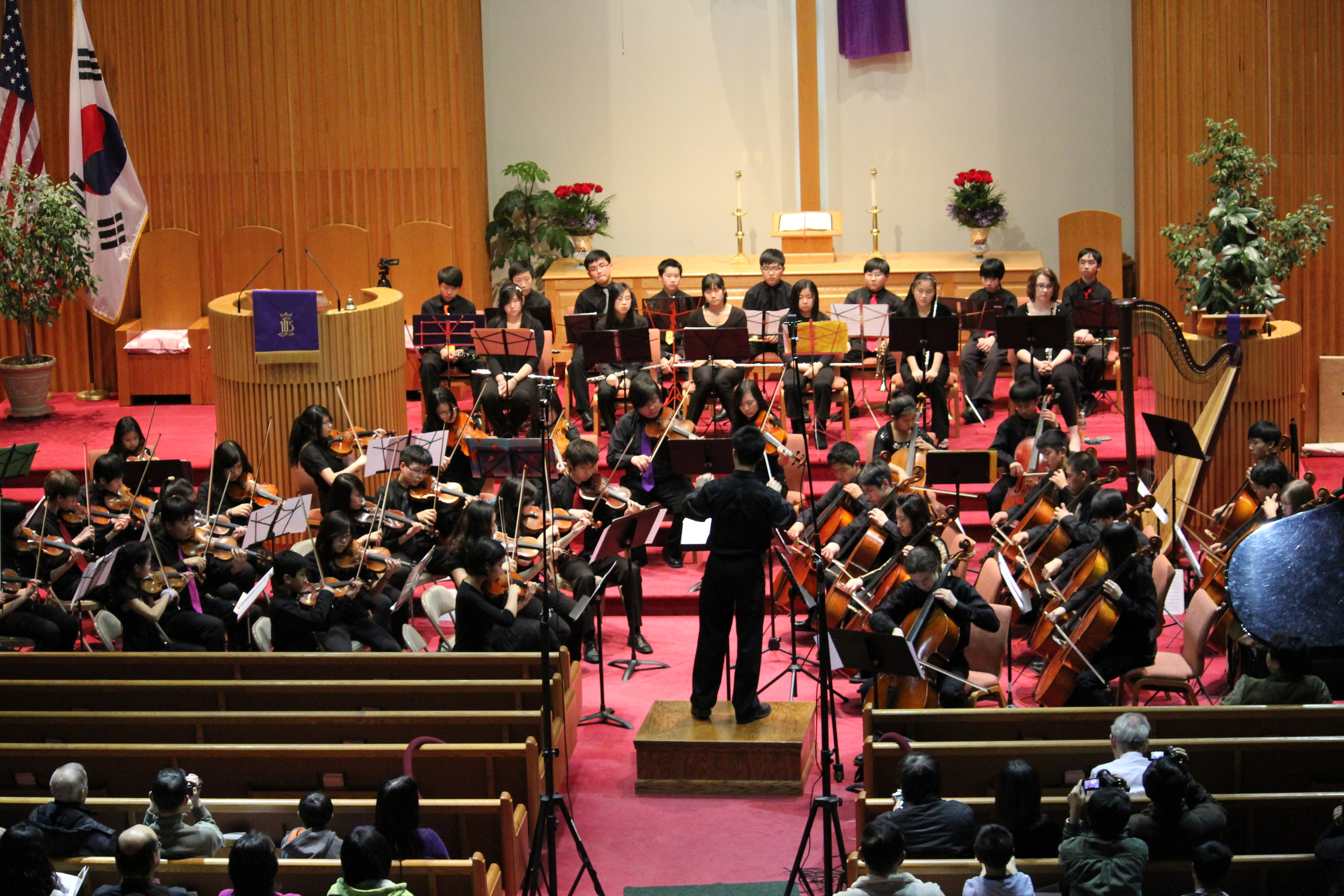 Composer and violinist Matthew Liu conducts the premiere of one of his new works
