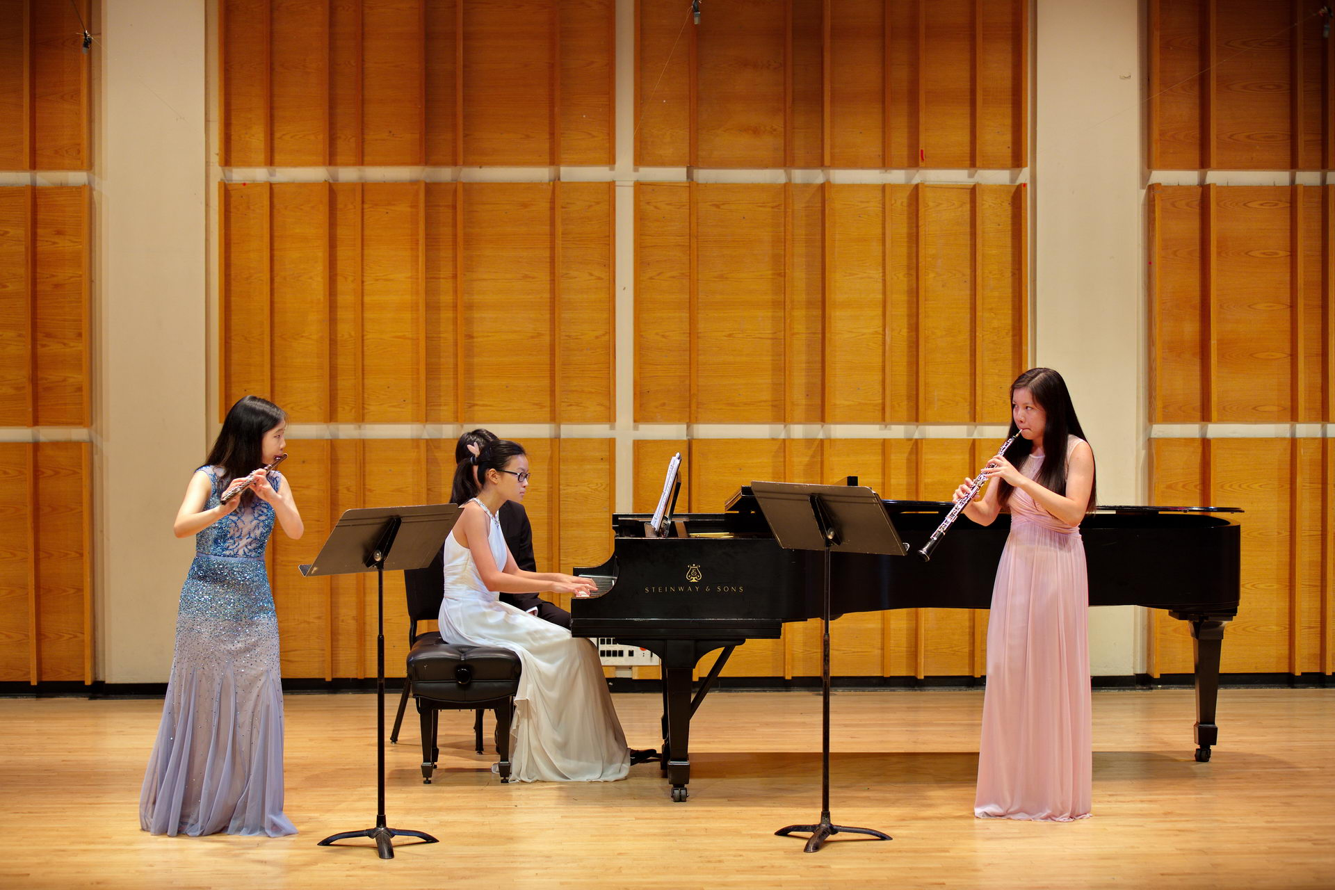 Jodie Chiou (flute), Jasmine Chang (piano), and Hsihsin Liu (oboe) performing the Goepfart Trio