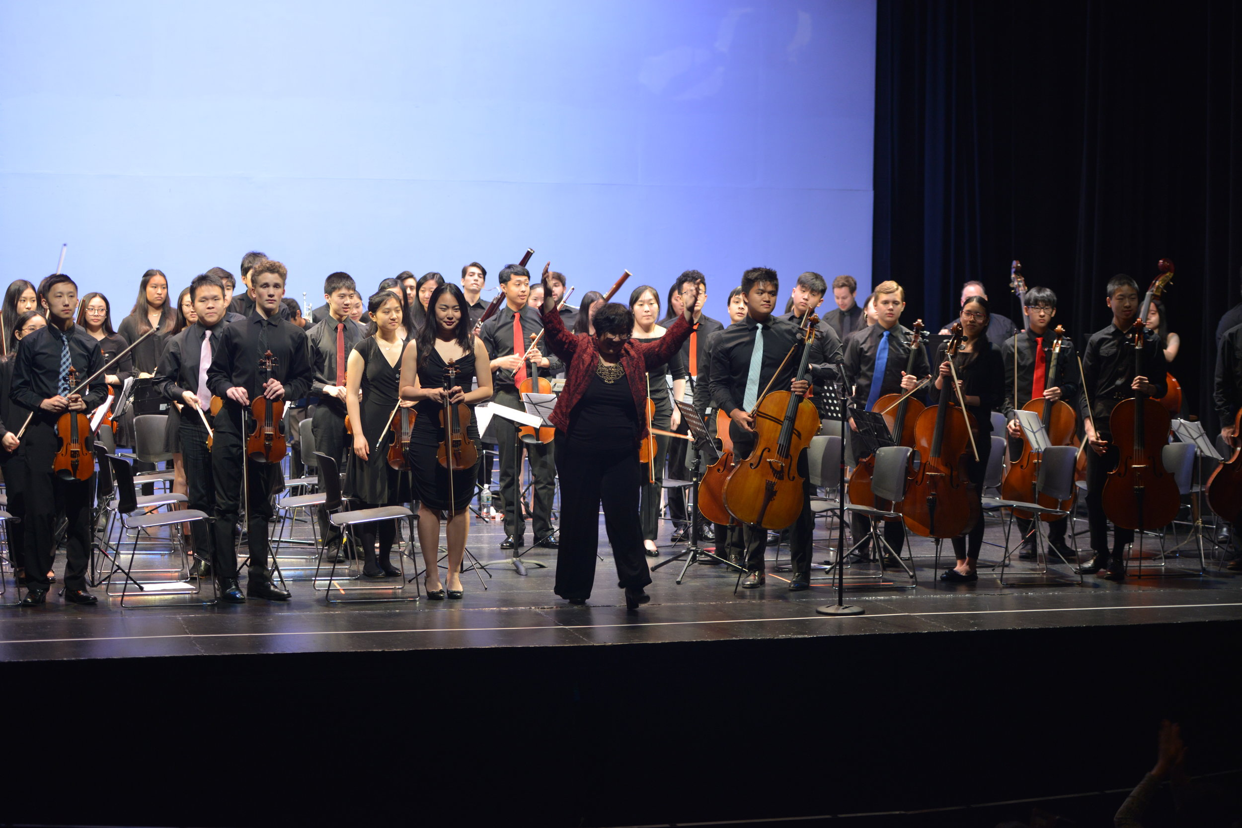 Final curtain call of the Sinfonia