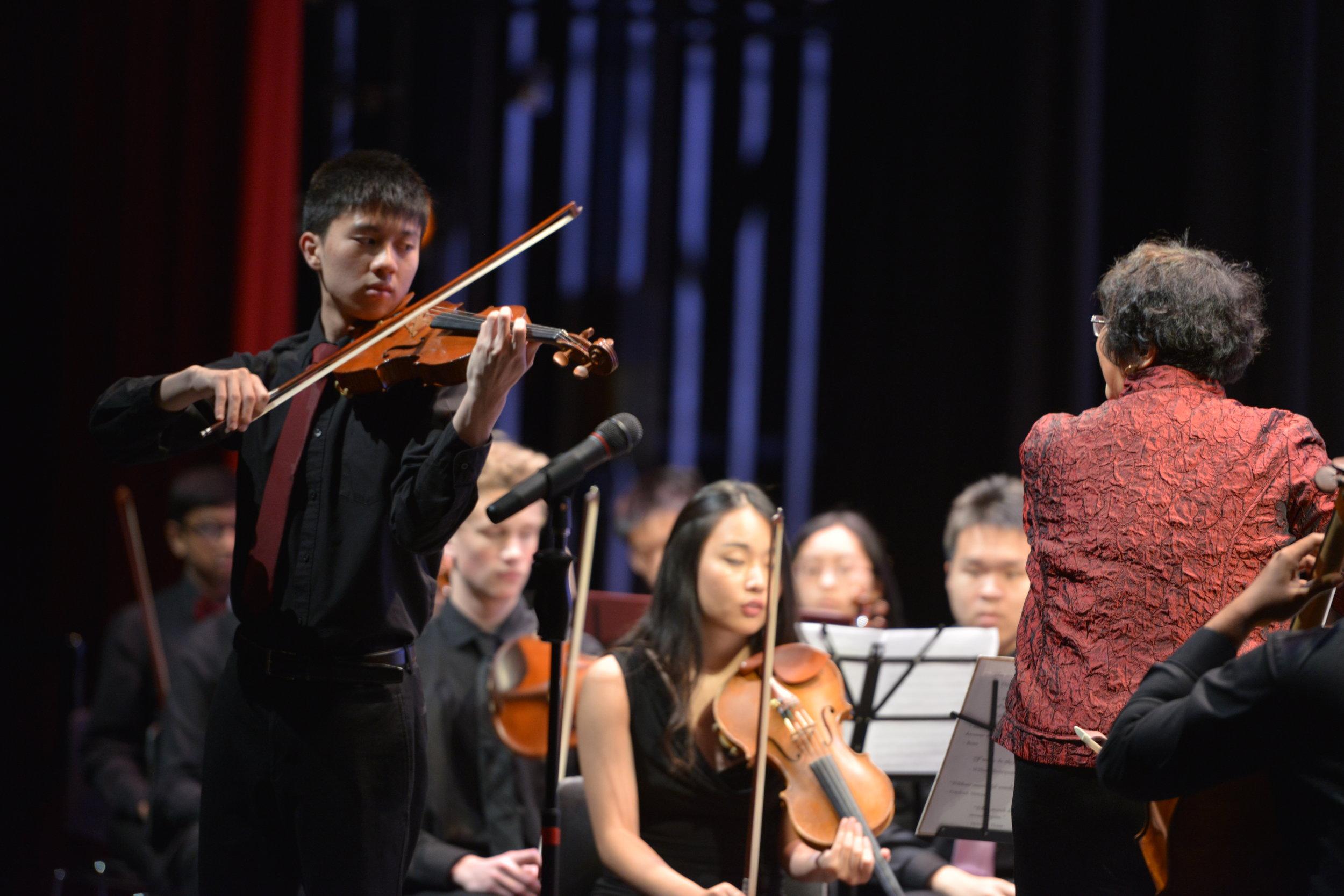 Soloist Michael Li performing the Dvorak Romance in F minor